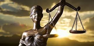 ¿Cuándo necesito contratar un abogado o un procurador?