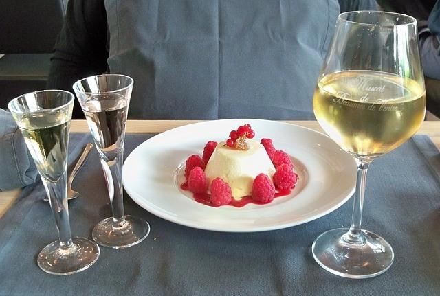 Vino blanco dulce, un maridaje perfecto
